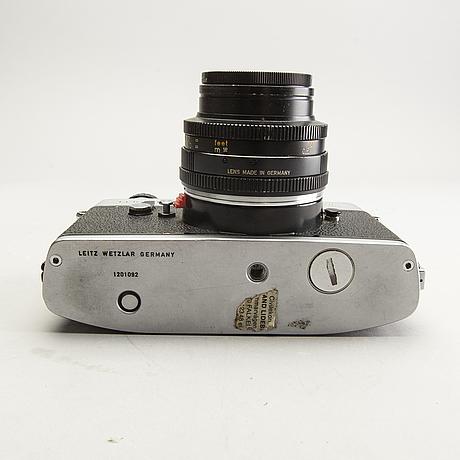 A leicaflex sl camera.