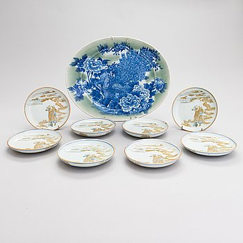 A decorative plate and a set of eight dishes, Japan early and mid-20th century.