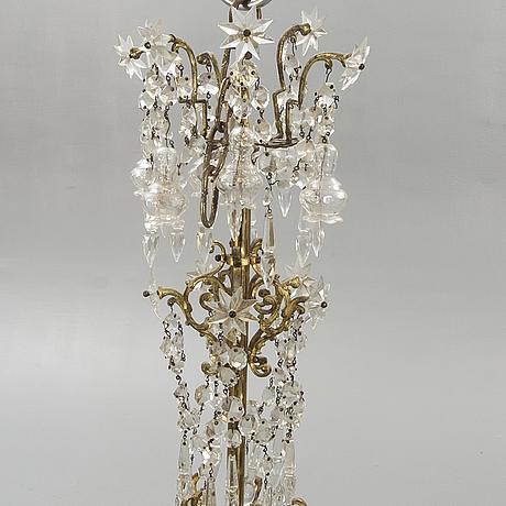 Chandelier, oscar-winning, late 19th century.