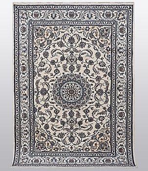 A rug, Nain 9 Laa, part silk, ca 310 x 203 cm.