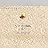 Louis vuitton, neccessär samt nyckelhållare.