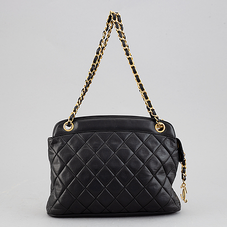 Chanel, a black quilted leather handbag, 1980's.
