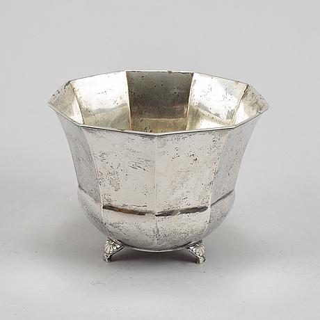 A swedish silver flower pot, mark of gab, stockholm 1929.
