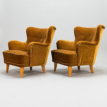 Ilmari Lappalainen, A pair of mid-20th-century 'Laila' armchairs for Asko, Finland.