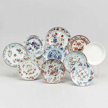 A group of 11 odd dishes, Qing dynasty, 18th Century.