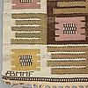 "Märta måås-fjetterström, matta, ""nyponblomman"", rölakan, ca 270 x 203-205 cm, signerad ab mmf."
