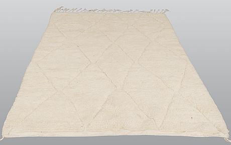 A carpet, morocco, ca 282 x 194 cm.