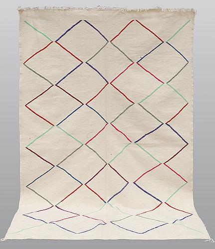 Matta, marocko kilim, ca 245 x 150 cm.