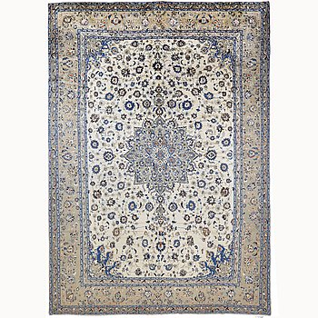 A carpet, Kashan 430 x 330 cm.