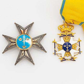 Order of the Sword Commanders set with cross in gold and star i silver.