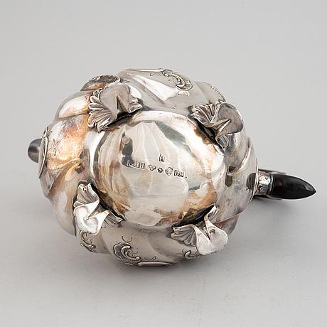 A silver coffee pot by cg hallberg, stockholm 1954.