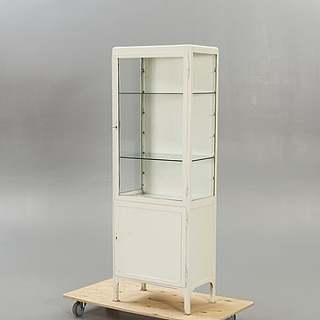 A Mid 1900s medicine cabinet.