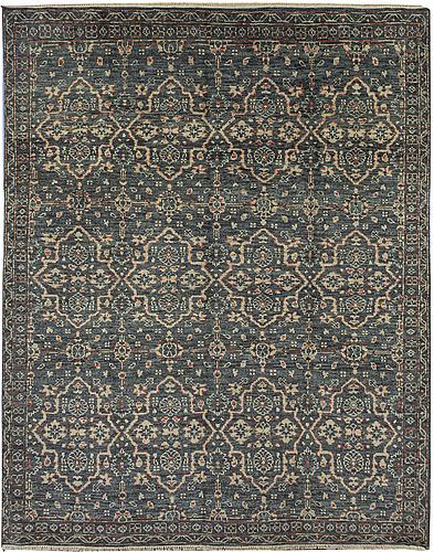A carpet, mamluk design, ca 305 x  244 cm.