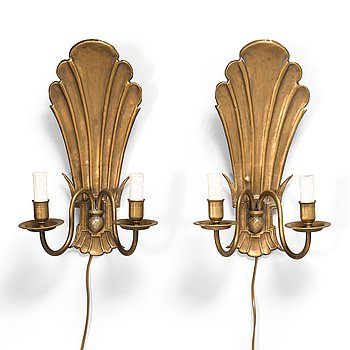Paavo Tynell, a pair of 1920's wall sconces '7004S' for Taito Finland.