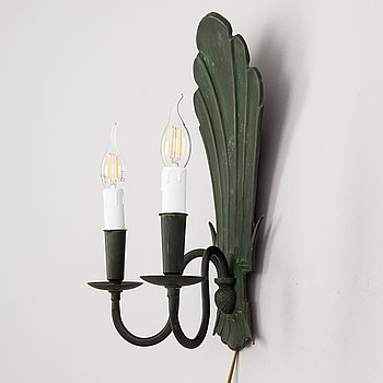 Paavo Tynell, a 1930's '7004' wall sconce for Taito.