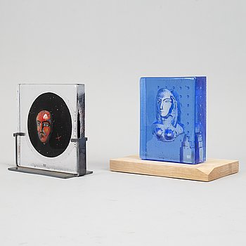 Two glass sculptures by Bertil Vallien, both signed, one limited edition 100, from Kosta Boda.