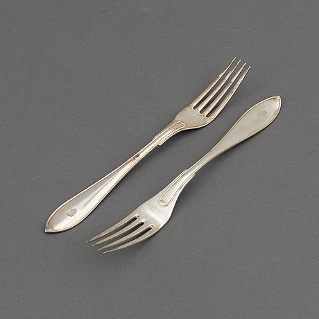 """14 silver forks, model """"pointy swedish"""", first half of the 20th century."""