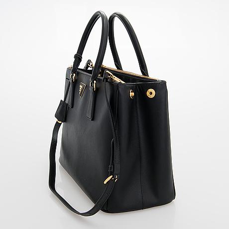 Prada, a 'galleria' saffiano leather handbag.