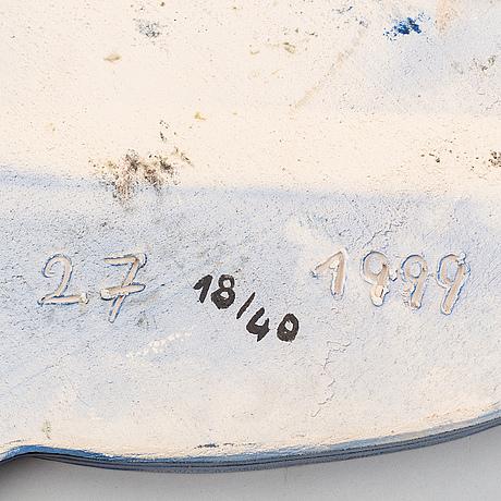 """Beverloo corneille, skulptur, keramik, signerad, numrerad 18/40 och daterad -98 samt bok, """"corneille"""" av pierre restany."""