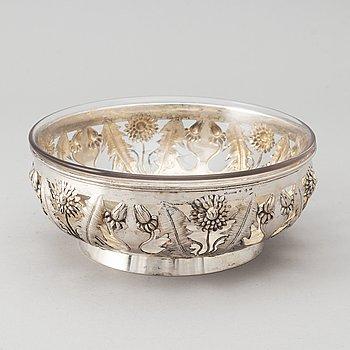 A Swedish Art Nouveau silver bowl, mark of Gustaf Möllenborg, Stockholm 1901.