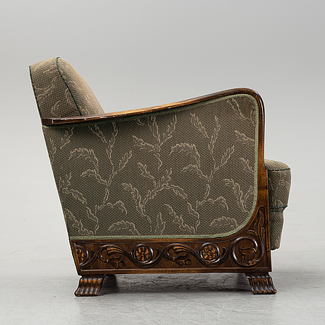 A pair of armchairs, first half of the 20th century.