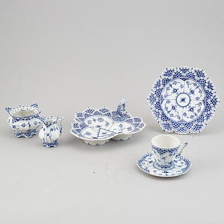 """A royal copenhagen porcelain half lace """"musselmalet"""" service 21 pcs."""