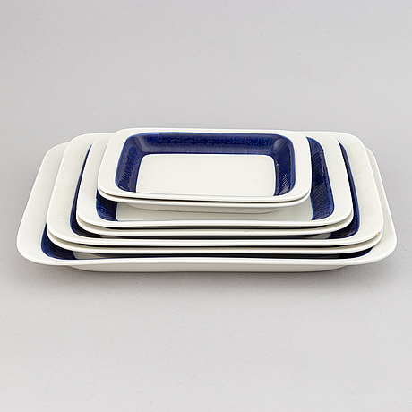 A hertha bengtsson 'koka blå' dinner service, 84 pcs, rörstrand, designed 1956.