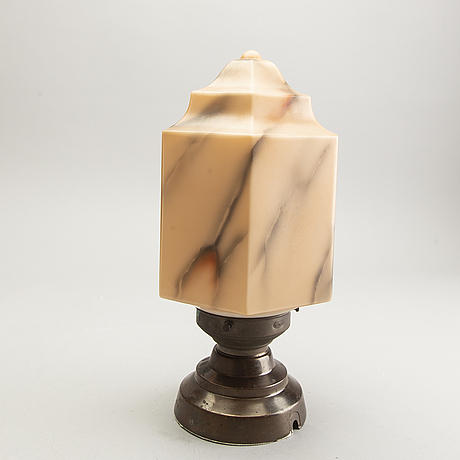 A 1930/30s ceiling lamp.