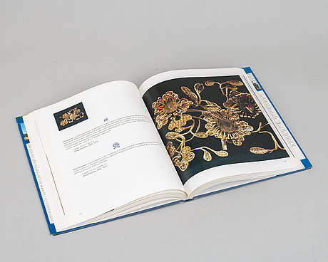 Two books, chinese gold and silver and chinese ceramic treasures from ulricehamns east asian museum.