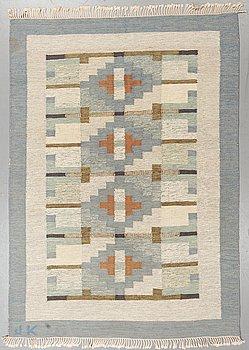 A carpet, flat weave, ca 239-241 x 169,5-172,5 cm, signerad JK.