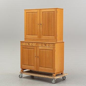 An oak JUF cabinet by Carl Malmsten, second half of the 20th Century.