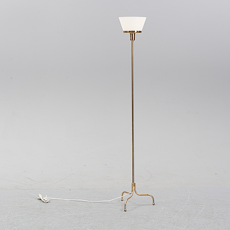A model 2424 up light by josef frank for firma svenskt tenn.