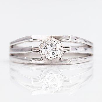Ring, 14K vitguld, diamant ca 0.28 ct.