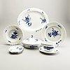 A set of 18 pcs royal copenhagen blå blomst porcelain dinner service early 1900s.