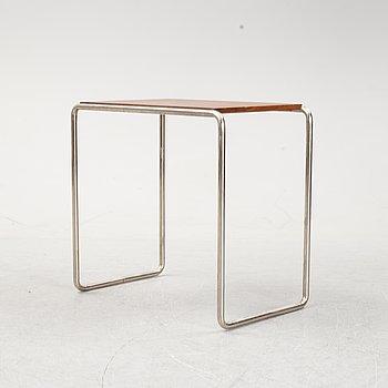 A modernist tubular steel side table, 1930's.