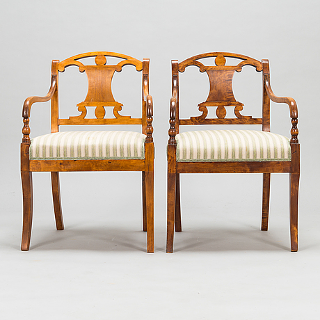 A pair of armchairs, first half of the 19th century.