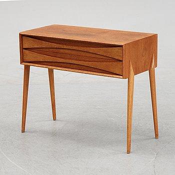 Rimbert Sandholt, a teak chest of drawers, 'GT 6835', Ateljé Glas & Trä, Hovmantorp, 1960-tal.