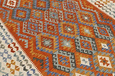 A carpet, kilim, ca 290 x 200 cm.