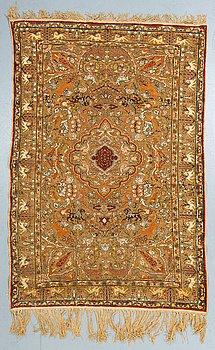 A rug, a semi-antique Turkish souf, ca 185 x 122-133 cm (as well as 1 cm flat weave at the ends).
