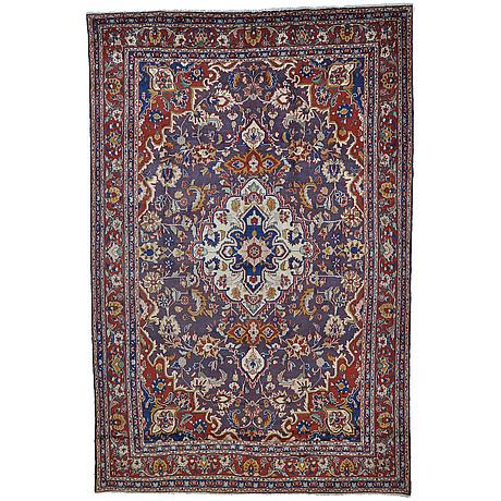 A carpet, hamadan 306 x 203 cm.