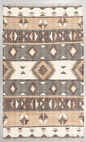 A carpet, flat weave, ca 287 x 174 cm.