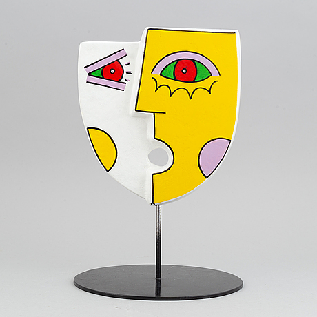 Ludo huys, sculpture in painted polyester, signed and numbered 2/25.