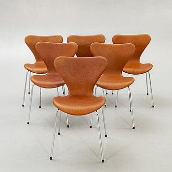 """Arne Jacobsen, stolar, 6 st, """"Sjuan"""", Fritz Hansen, Danmark 1900-talets senare del."""