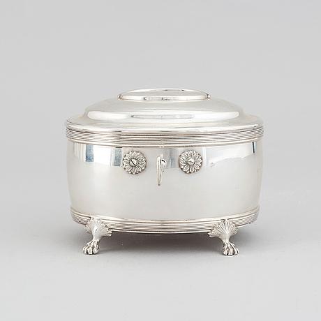 Oscar sjögren, sockerskrin, silver, gustaviansk stil, stockholm 1918.