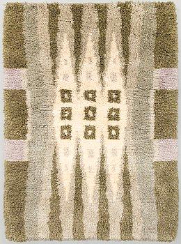 Hulda Potila,  a Finnish long pile rug for Ryijypalvelu. Circa 163x114 cm.