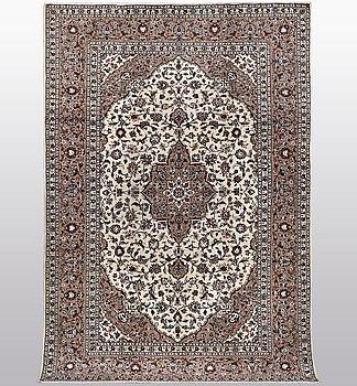 A carpet, Kashan, ca 310 x 200 cm.