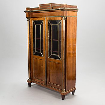 An early 20th century Russian disply cabinet in Directoire style.