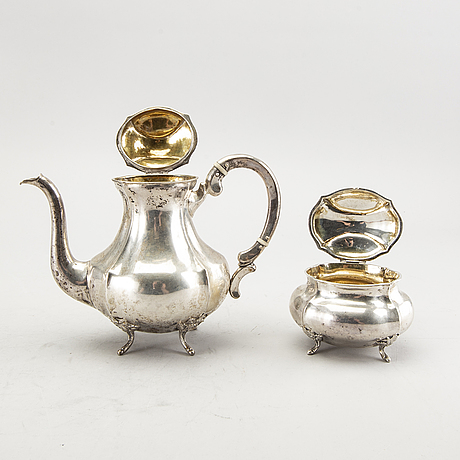 A 3 pcs silver coffee service total weight 688 gr.