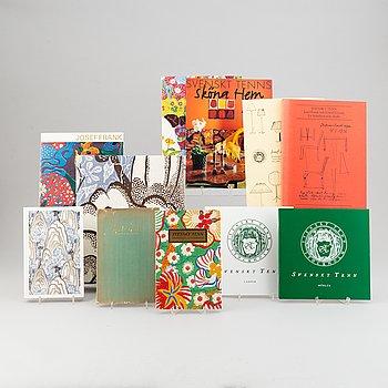 Firma Svenskt Tenn, 11 delar katalogmaterial, 1940-2010-tal.