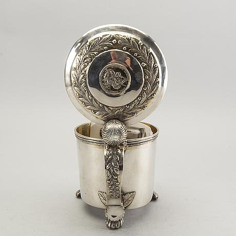 A swedish 19th century silver tankard mark of j carlsson ulricehamn 1813, weight 1100 gr.
